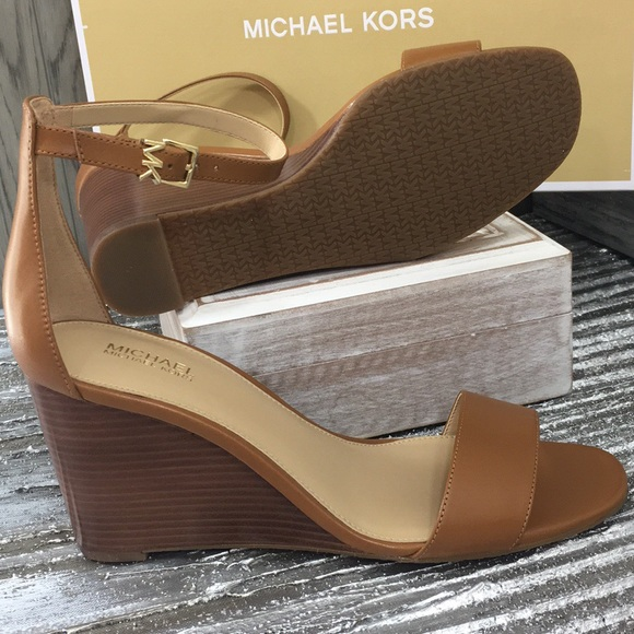Michael Kors Fiona Wedge Leather Acorn